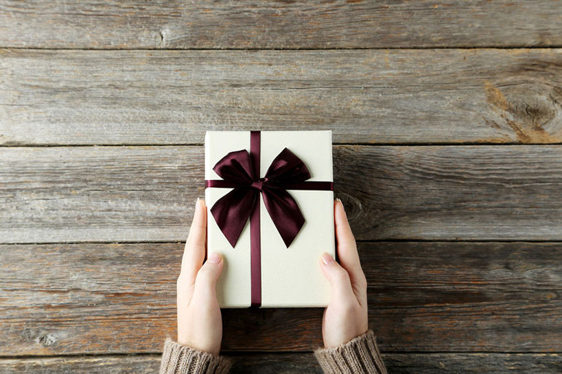 spa-christmas-gifts-for-every-type-of-girl